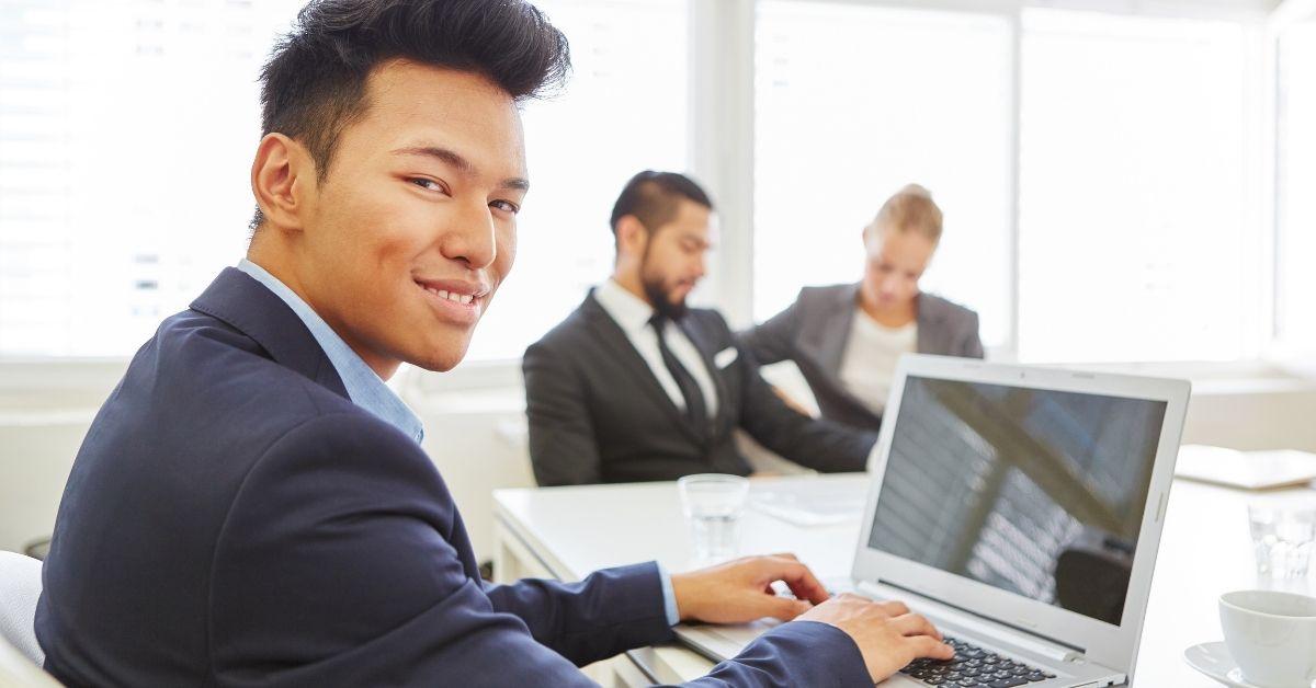 Comment devenir chef de projet informatique ?