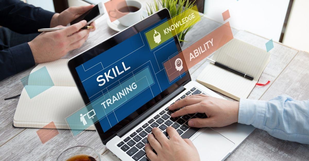 Développement informatique : les 10 compétences les plus recherchées en 2021
